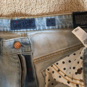 Women's Lucky Brand flared jeans size 29 NWT